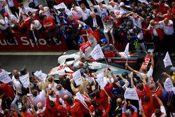 #2 Audi Sport Team Joest Audi R18 E-tron Quattro: Driving down pit lane after win
