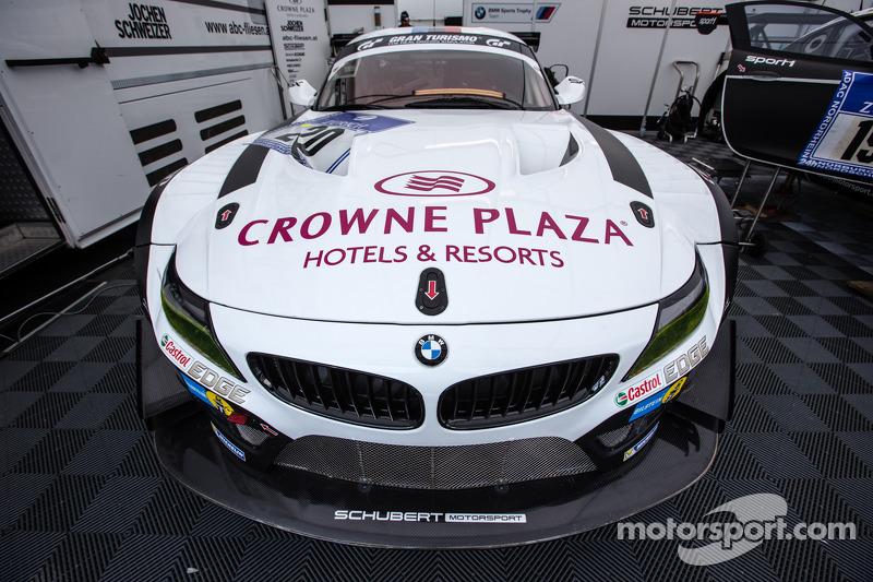 #20 Schubert Motorsport 宝马 Z4 GT3