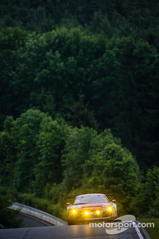 #502 奥迪 Race Experience 奥迪 R8 LMS ultra: 菲利克斯·鲍姆加特纳, 马可·沃尔纳, 弗兰克·别拉, 皮埃尔·卡费尔