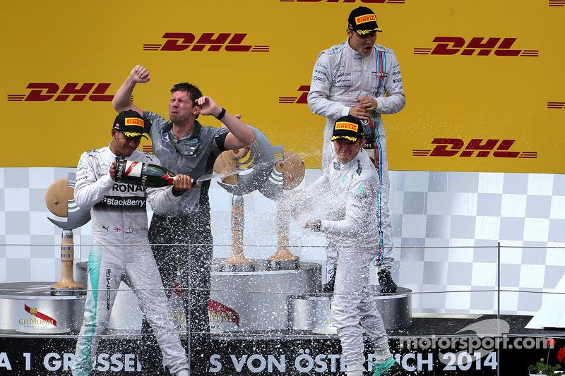 Podium: Lewis Hamilton, Mercedes AMG F1 Team, Nico Rosberg, Mercedes AMG F1 Team; Valtteri Bottas, Williams F1 Team