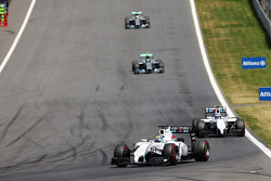 Felipe Massa, Williams FW36 lidera Valtteri Bottas, Williams FW36