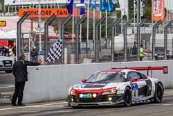 Zieldurchfahrt: #4 Phoenix Racing, Audi R8 LMS ultra: Christopher Haase, Christian Mamerow, René Rast, Markus Winkelhock