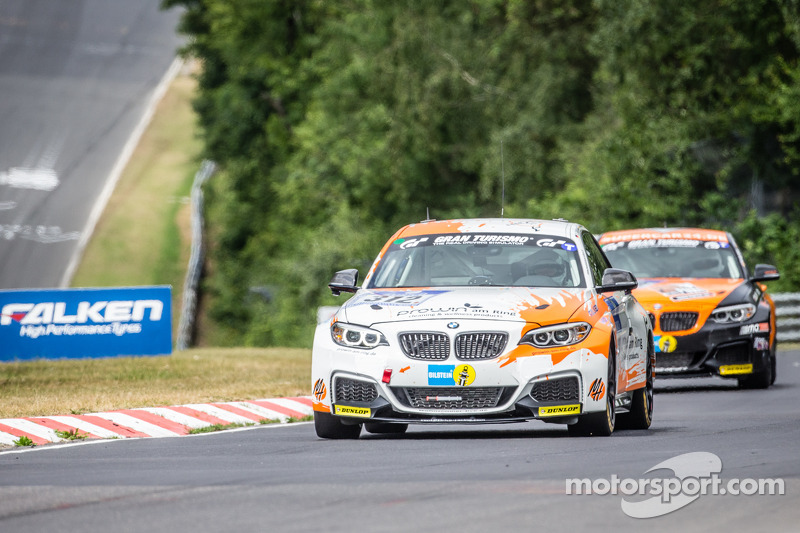 #312 BMW M235i Racing: Jörg Wiskirchen, Carsten Welschar, David Ackermann