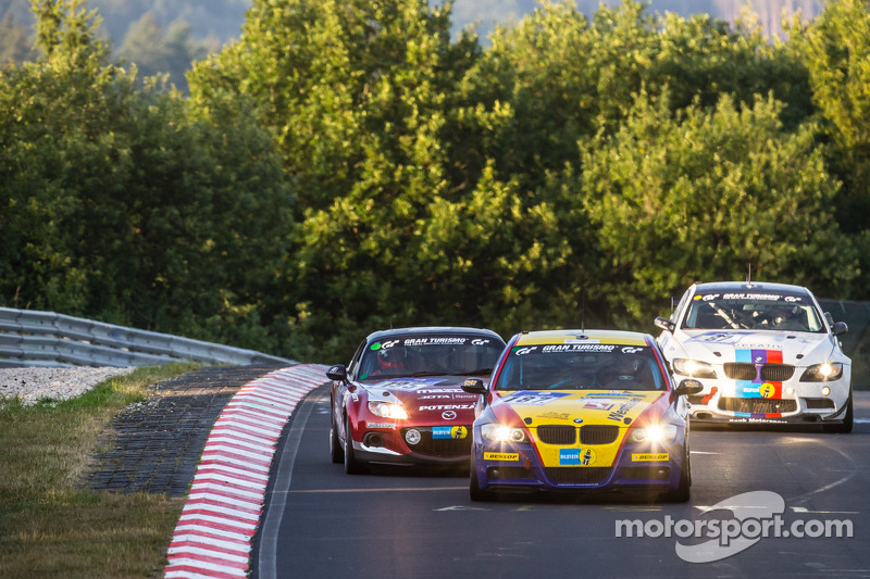 #187 Bonk Motorsport BMW 325i: Ryu Seya, Yosuke Shimojima, Guy Stewart, Jürgen Meyer