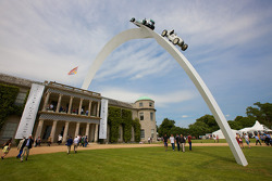 Goodwood House & Sculpture