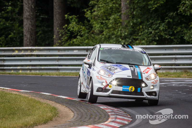 #132 Lanza Motorsport 福特嘉年华 ST: Simona Barin, Roberto Barin, Mauro Simoncini