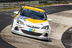 #250 Kissling Motorsport Opel Astra J OPC: Tim Schrick, Hannu Luostarinen