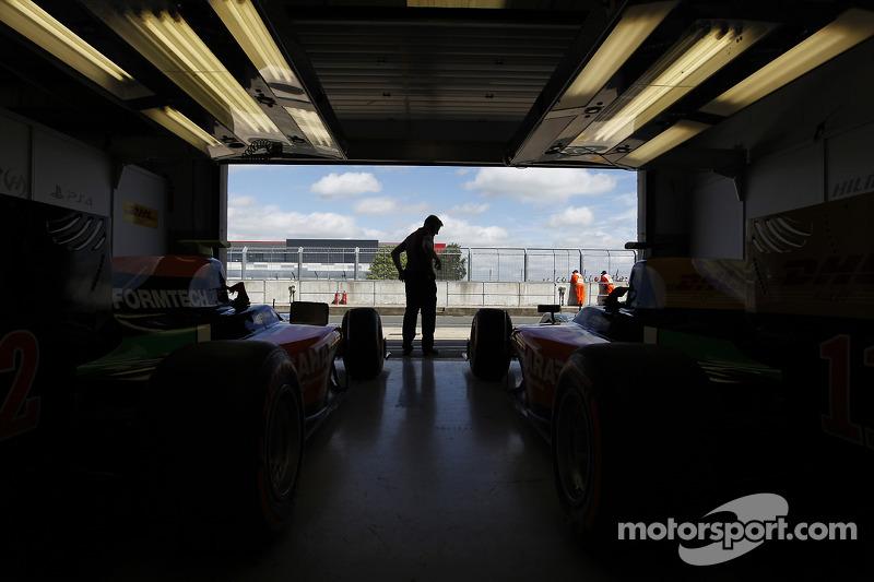Hilmer Motorsport garage