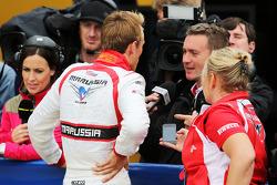 Max Chilton, Marussia F1 Team con Craig Slater, Sky F1 Reporter