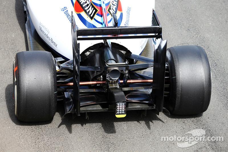 Williams FW36 ala e diffusore posteriore dettaglio