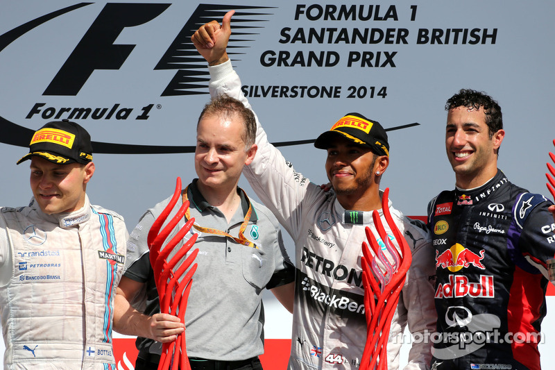1. Lewis Hamilton, Mercedes AMG F1; 2. Valtteri Bottas, Williams; 3. Daniel Ricciardo, Red Bull Racing