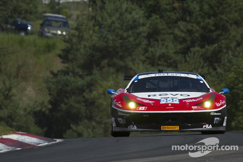 #60 Michael Shank Racing 和 Curb/Agajanian 福特 EcoBoost/Riley: 奥斯瓦尔多·内格里, 约翰·皮尤