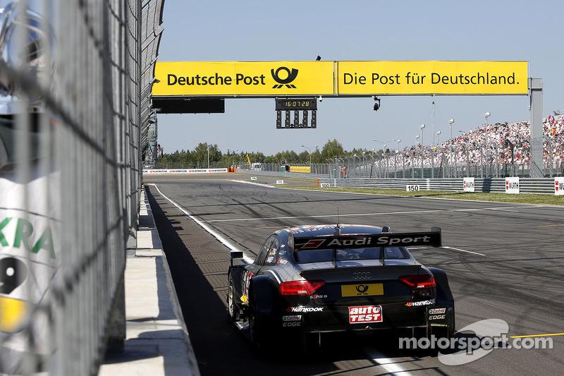 Timo Scheider, Audi Sport Team Phoenix Audi RS 5 DTM fermo sulla pista