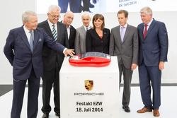 L'apertura del centro di sviluppo Porsche a Weissach