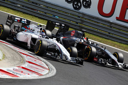 Valtteri Bottas, Williams FW36 e Adrian Sutil, Sauber C33