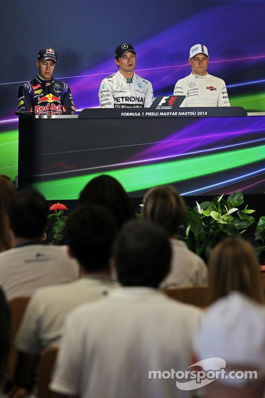 Sebastian Vettel, Nico Rosberg; Valtteri Bottas