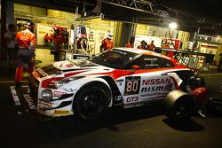 #80 日产 GT学院车队 RJN 日产 GT-R Nismo GT3: 尼克·麦克米伦, 弗洛里安·斯特劳斯, 阿历克斯·本库姆, 沃尔夫冈·赖普