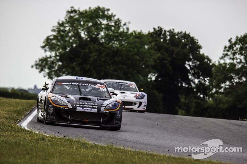 #55 Academy Motorsport Ginetta G55 GT4