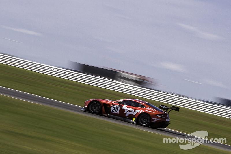#28 Horsepower Racing 阿斯顿马丁 Vantage GT3: 保罗·贝利, 安迪·舒尔茨