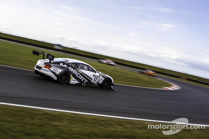 #17 M-Sport 宾利 Continental GT3: Humaid Al Masaood, 斯蒂文·凯恩