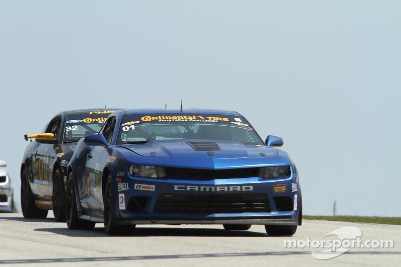 #01 CKS Autosport 科迈罗 GS.R: 劳森·阿申巴赫, 埃里克·库兰