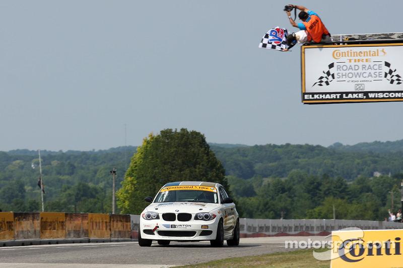 #23 Burton Racing BMW 128i: Terry Borcheller, Mike LaMarra vence em sua categoria