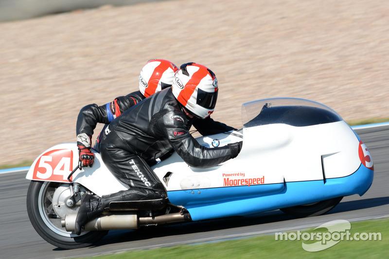 Steve Reilly e Byron Reilly, MRE BMW 750cc