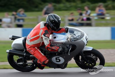 Le Classic Motorcycle Festival