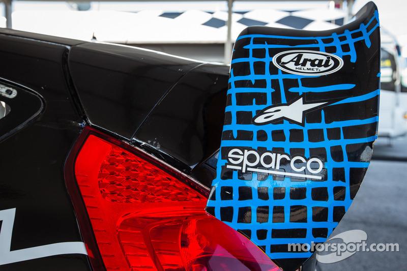 Spoiler traseiro do #14 Barracuda Racing Ford Fiesta ST
