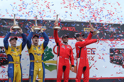 GTLM Kazanan #62 Risi Competizione Ferrari F458: Giancarlo Fisichella, Pierre Kaffer  GTD Kazanan #94 Turner Motorsport BMW Z4: Dane Cameron, Markus Palttala