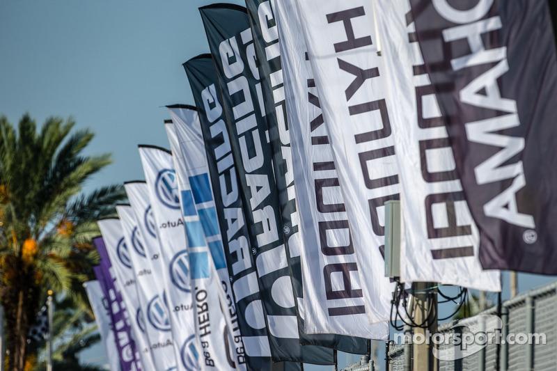 Global Rallycross bayrakları