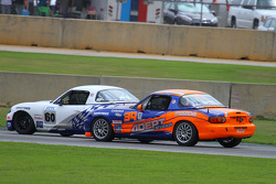 Mazda en course