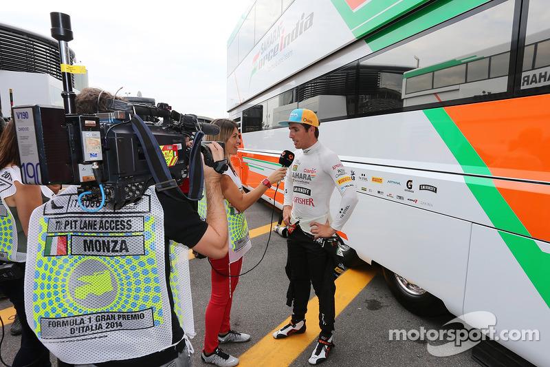 Daniel Juncadella, Sahara Force India F1 Takımı Test ve Yedek Pilotu ve Nira Juanco, Antena 3 TV Sunucusu
