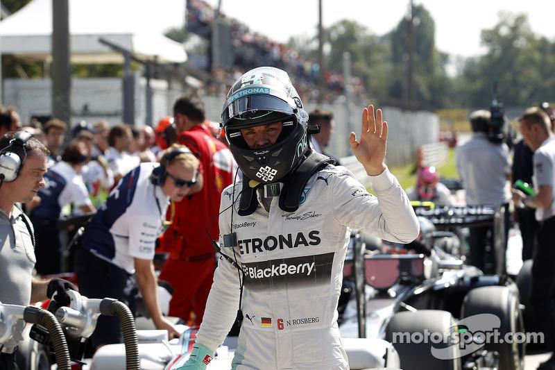 Nico Rosberg, Mercedes AMG F1 en parc ferme