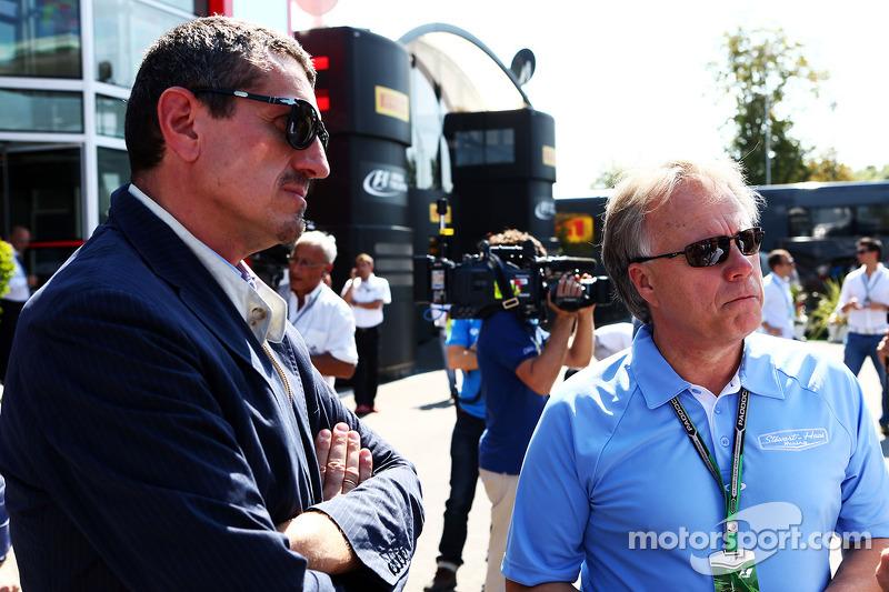 Guenther Steiner, Haas F1 Takım Patronu ve Joe Custer, Stewart Haas Racing Başkan Vekili