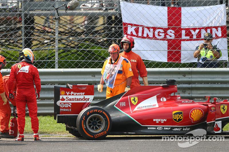 Fernando Alonso, Ferrari retires from the race