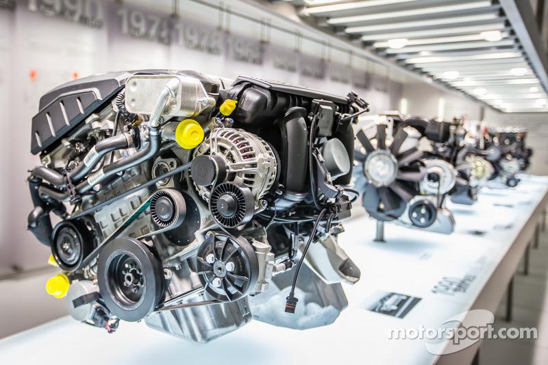 2004 BMW N52 engine