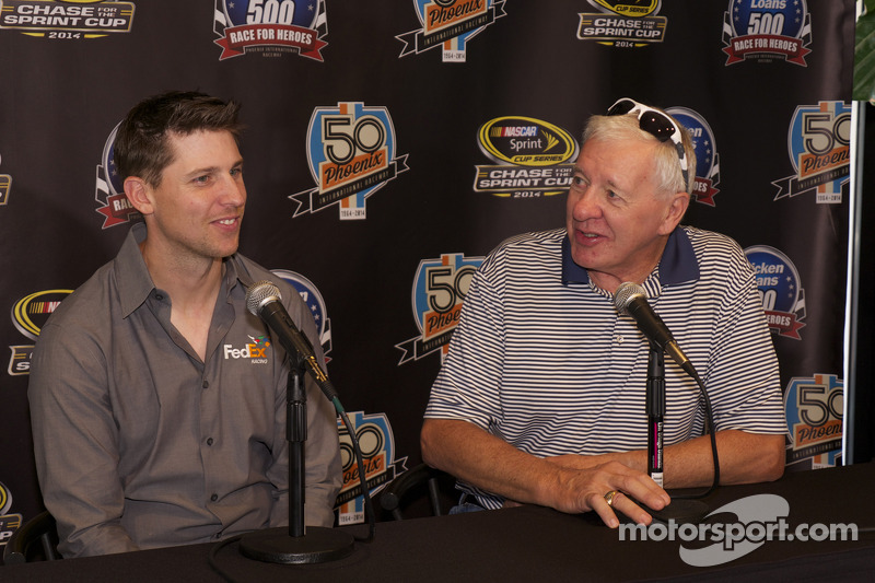 Denny Hamlin, Joe Gibbs Racing Toyota visits Phoenix as part of Chase across North America