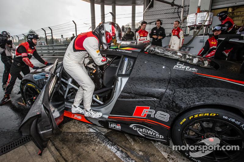 Christopher Mies pole pozisyonundan sonra garaja dönüyor