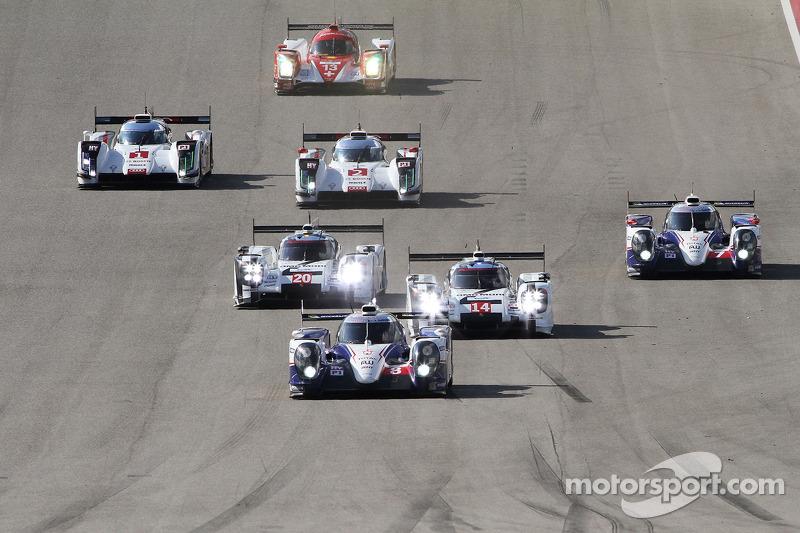 Via: #8 Toyota Racing Toyota TS040-Hybrid: Anthony Davidson, Nicolas Lapierre, Sebastien Buemi al comando