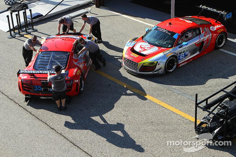 Flying Lizard Motorsports, squadra a lavoro