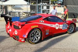 #63 Scuderia Corsa Ferrari 458 İtalya