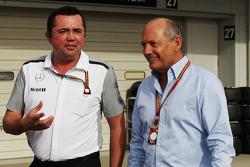 Eric Boullier, Director de carreras de McLaren Ron Dennis, Presidente Ejecutivo de McLaren