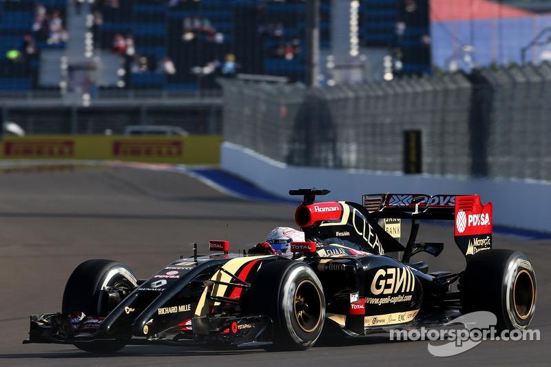 Romain Grosjean, Lotus F1 Team 10