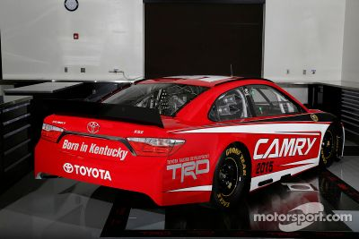 2015 NASCAR Toyota Camry onthulling