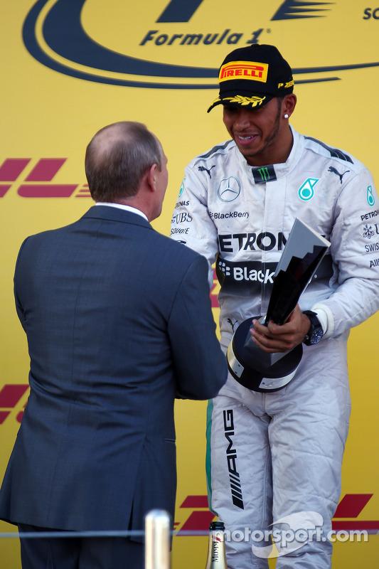 Vladimir Putin, presidente russo e Lewis Hamilton, Mercedes AMG F1