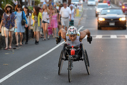 Alex Zanardi participe au triathlon d'Hawaii