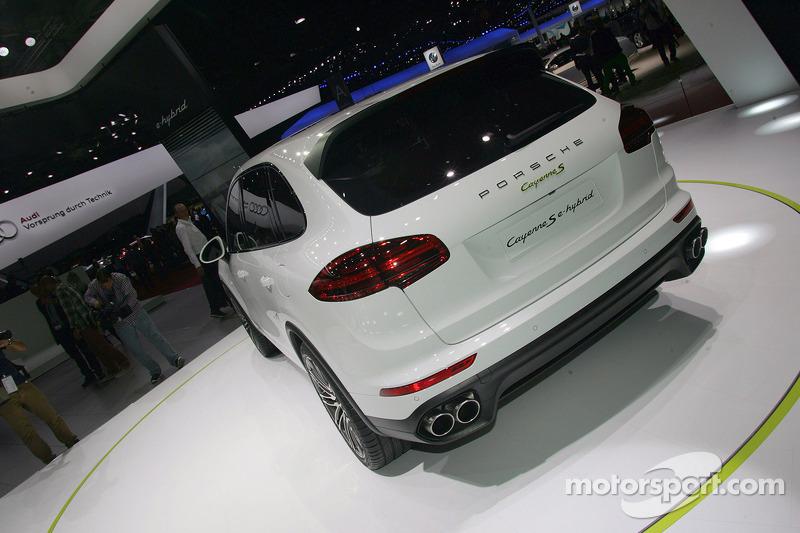 Porsche Cayenne S E Hybrid