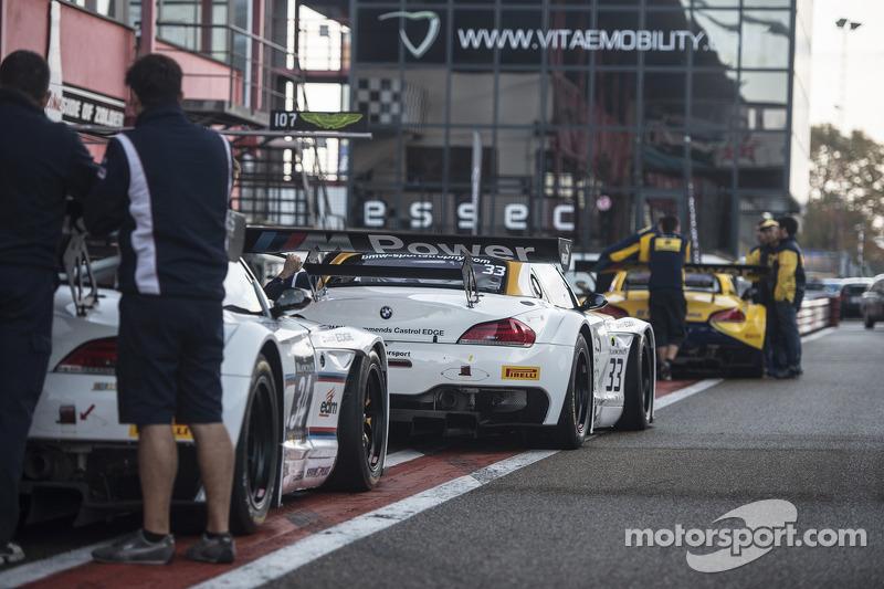 #33 Roal Motorsport 宝马 Z4