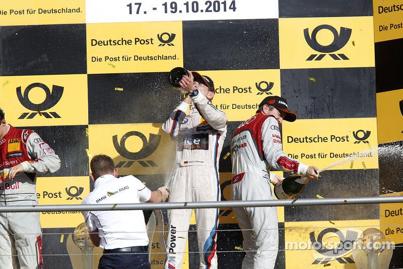 Şampiyona Podyumu, Herkes için şampanya